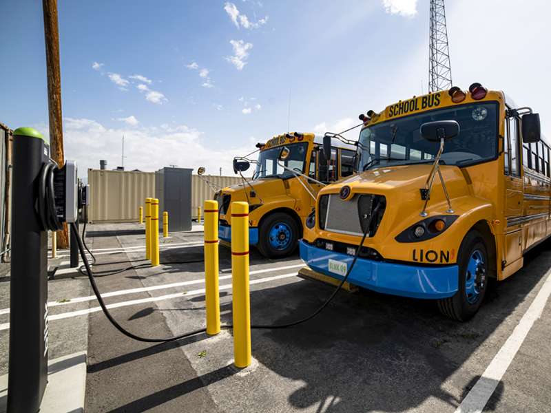 Concerned Parents Join the Effort to Bring Electric School Buses to Their School Districts